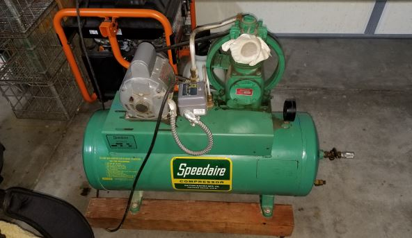 speedaire compressor oil change