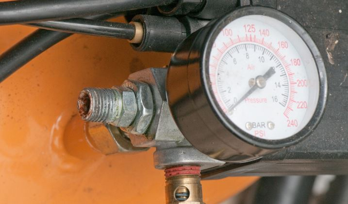 broken air compresssor gauge